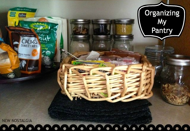 Organizing My Pantry & Some Tips For a Efficient & Simple Kitchen