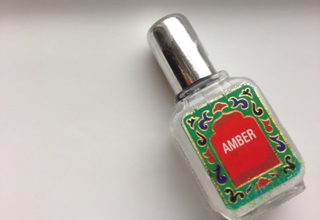 A Healthy Perfume – Amber Oil