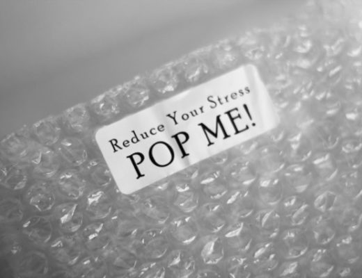bubble-wrap-pop-me-label